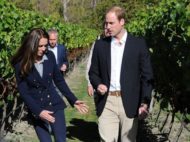 Kate Middleton and Prince William in a Queenstown garden.