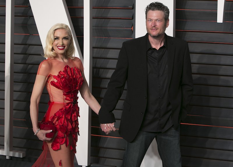 US singers Gwen Stefani and Blake Shelton arrive to the 2016 Vanity Fair Oscar Party in Beverly Hills,
