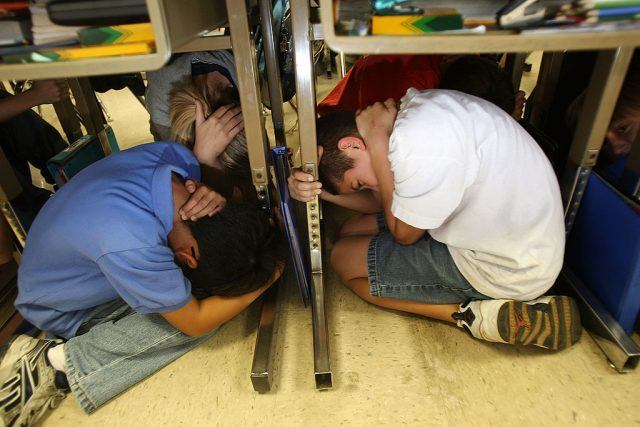 Students drill for earthquakes