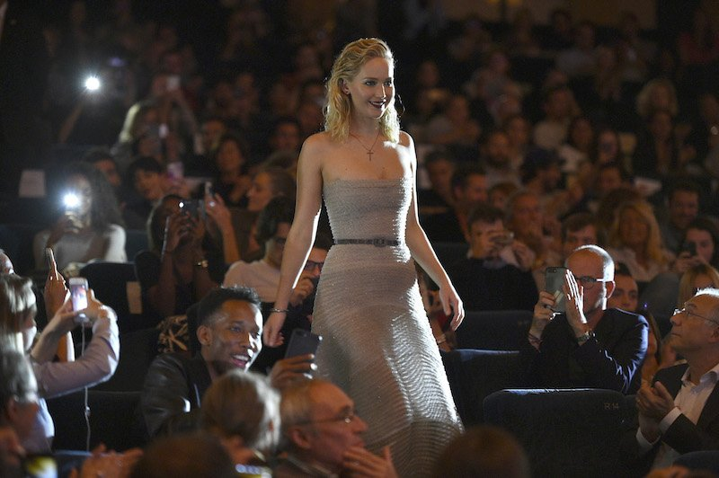 """Jennifer Lawrence attends the French Premiere of """"mother!"""" at Cinema UGC Normandie on September 7, 2017"""