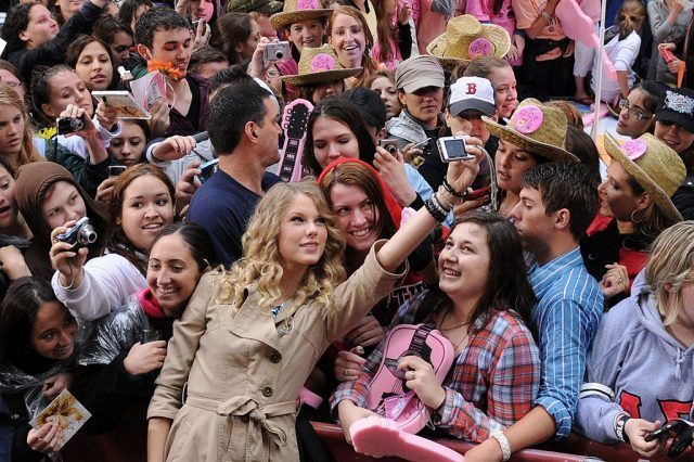 Taylor Swift with fans on TODAY