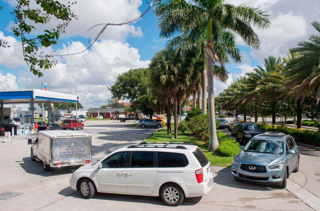 Gas lines stretch before Hurricane Irma