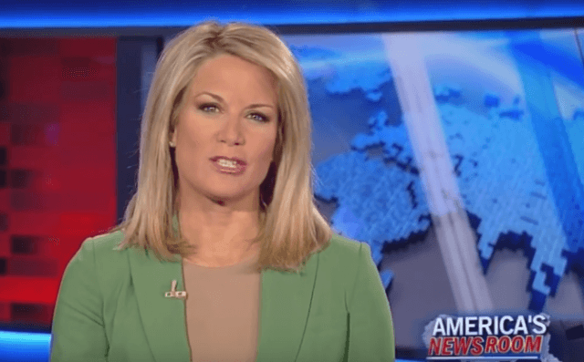 Martha MacCallum sitting behind the news desk and speaking on 'Americas Newsroom'.