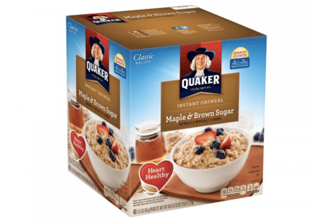 A box of Quaker Maple and Brown Sugar oatmeal packs.