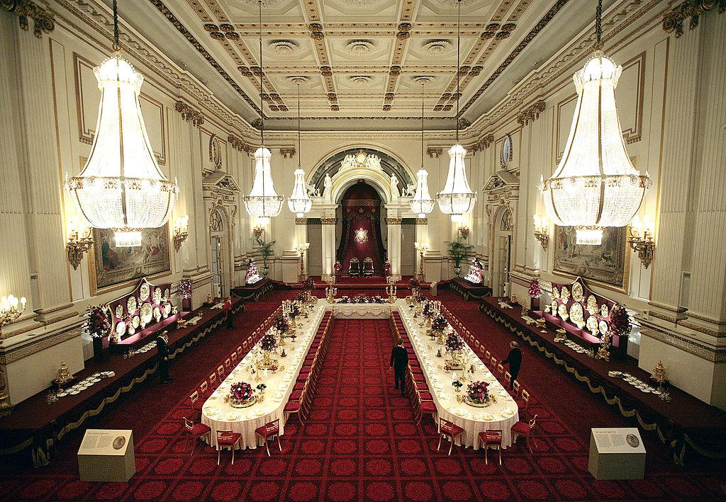 Buckingham palace dining room