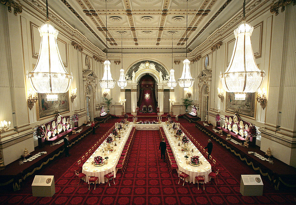 Buckingham palace dining room