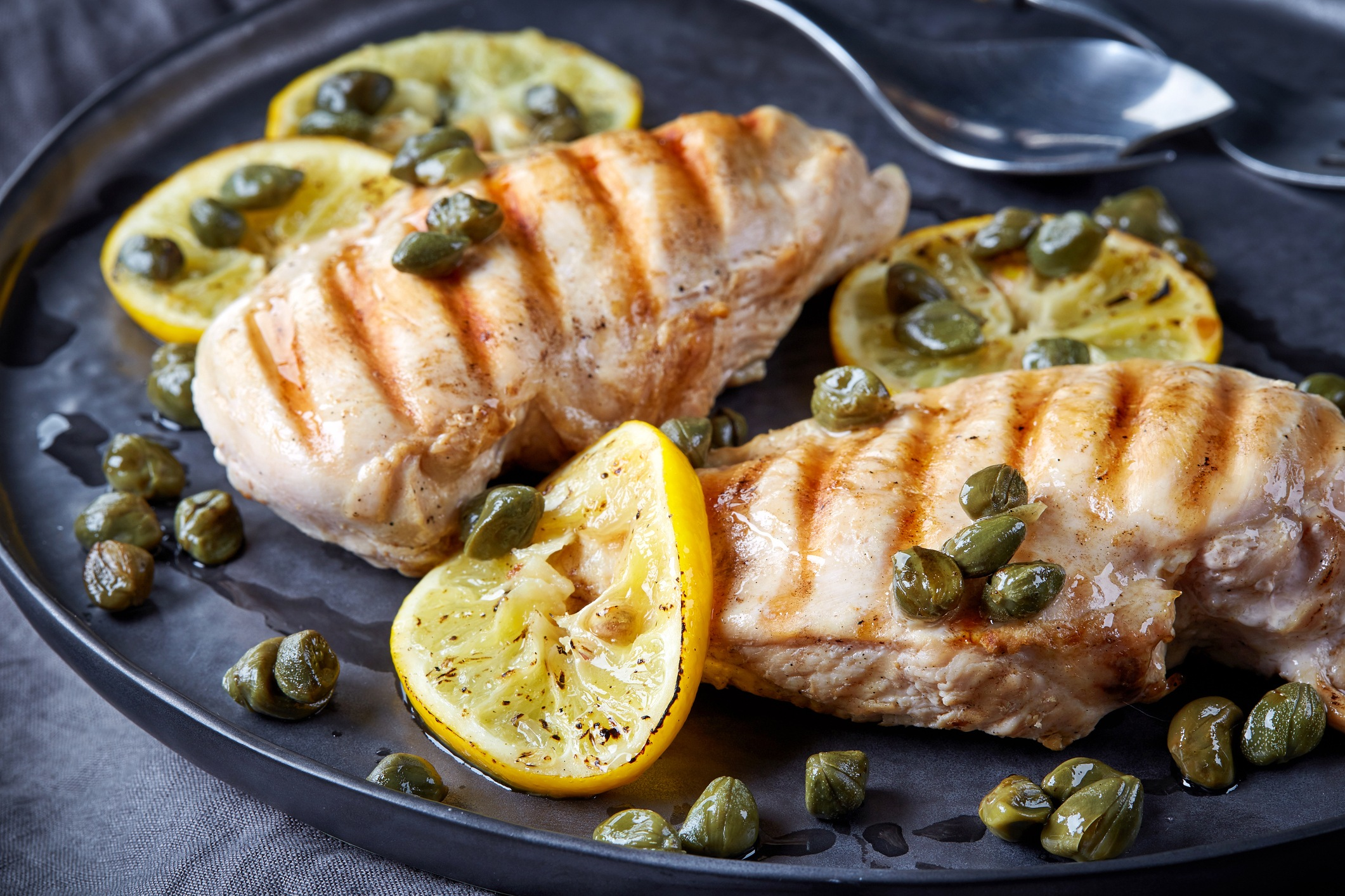 Chicken with lemon and capers