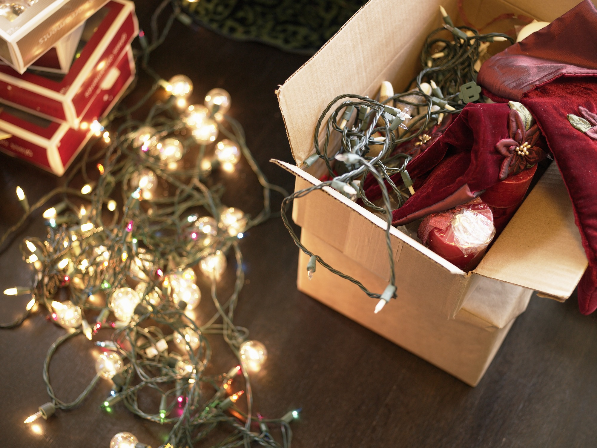 This Is the Only Right Way to String Lights on Your Tree — And Other Useful Holiday Decorating Tips