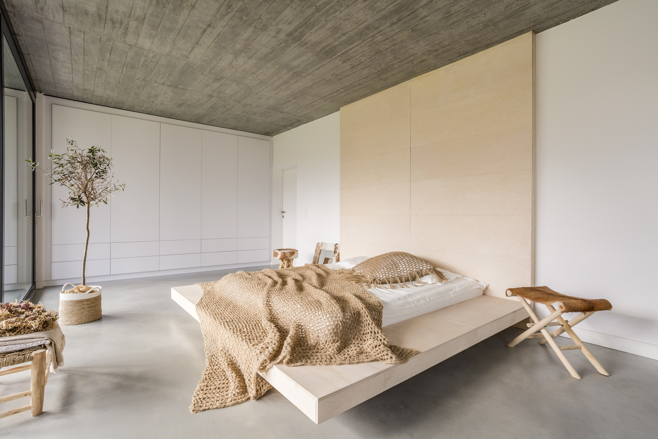 ultra modern and contemporary bedroom