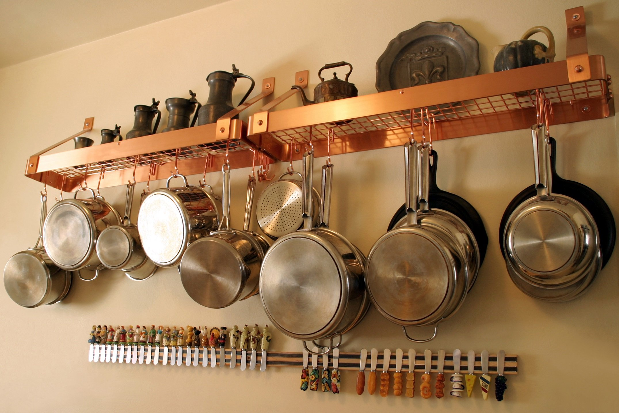 Hanging pots in kitchen