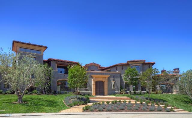 Kourtney Kardashian Calabasas house