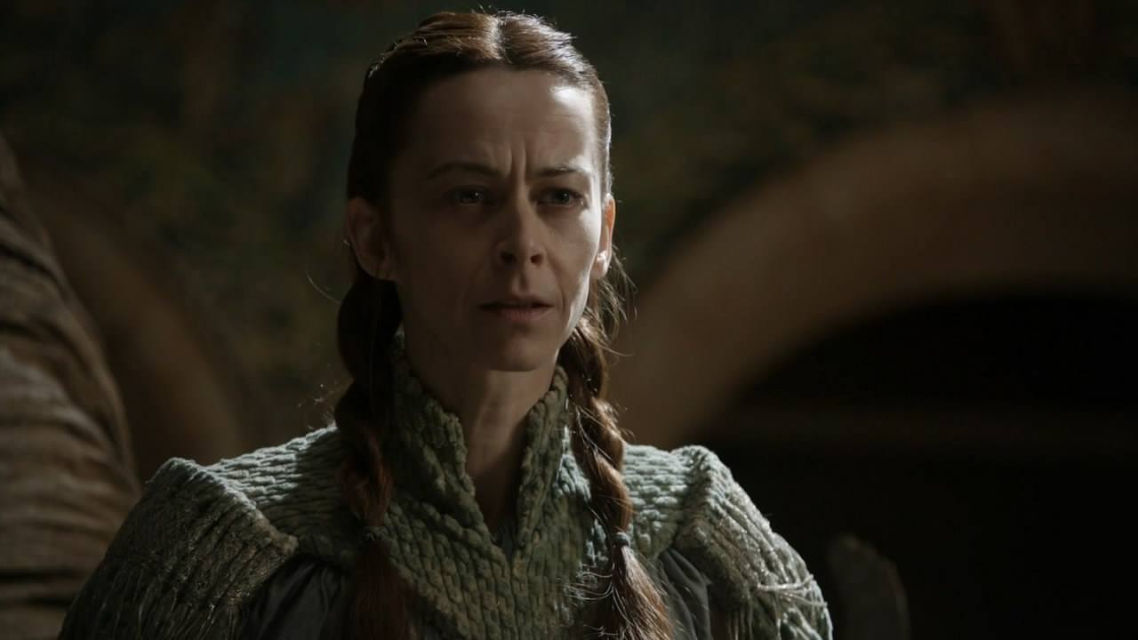 Lysa Arryn stands and looks ahead