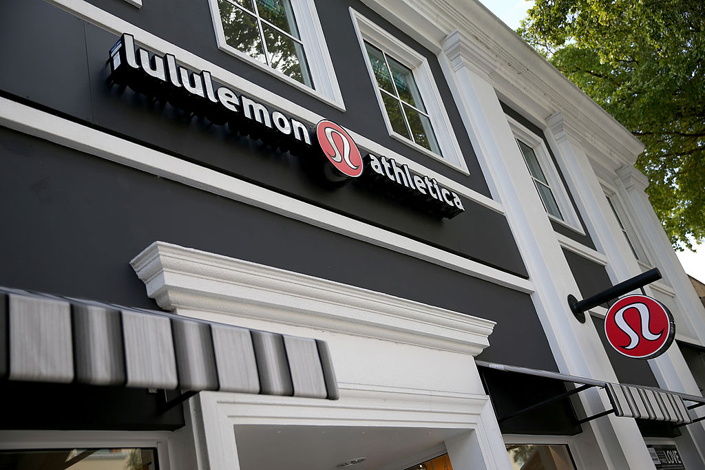 Lululemon athletica storefront