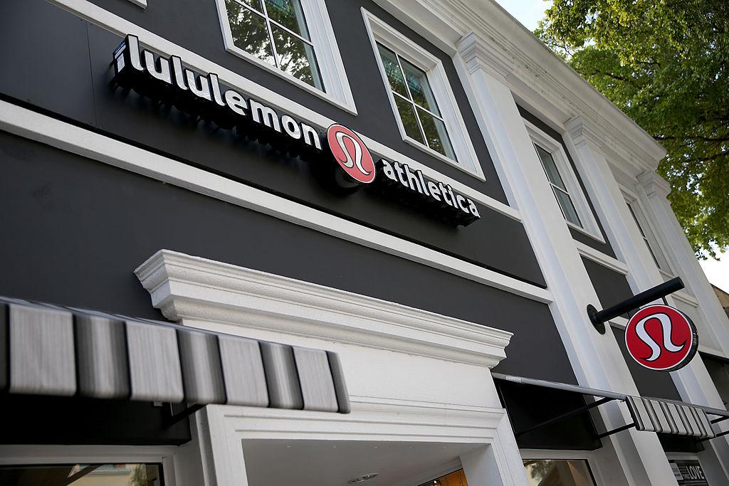 Lululemon athletica storefront