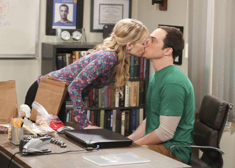 Ramona kissing Sheldon on The Big Bang Theory