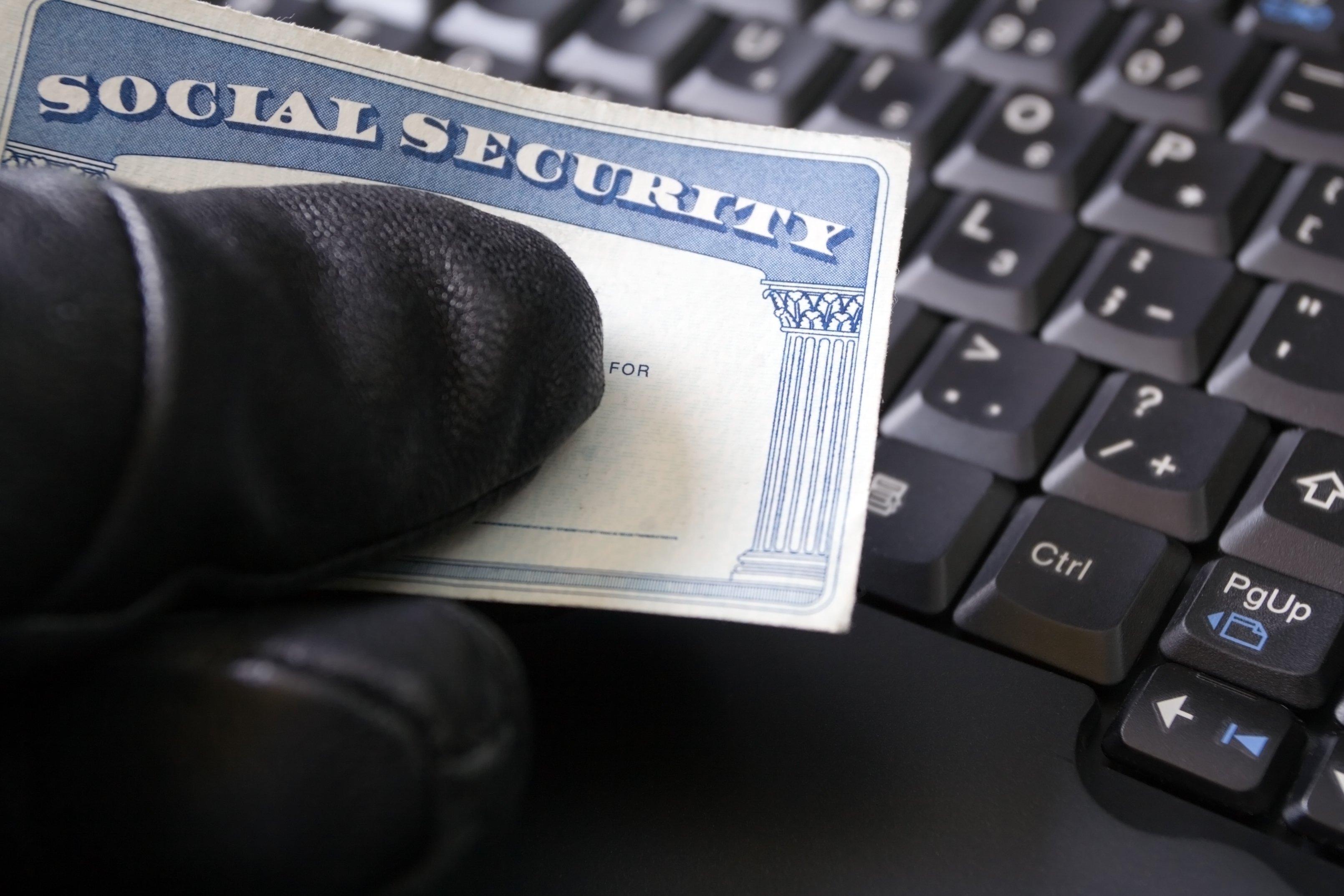 Social security identity thief