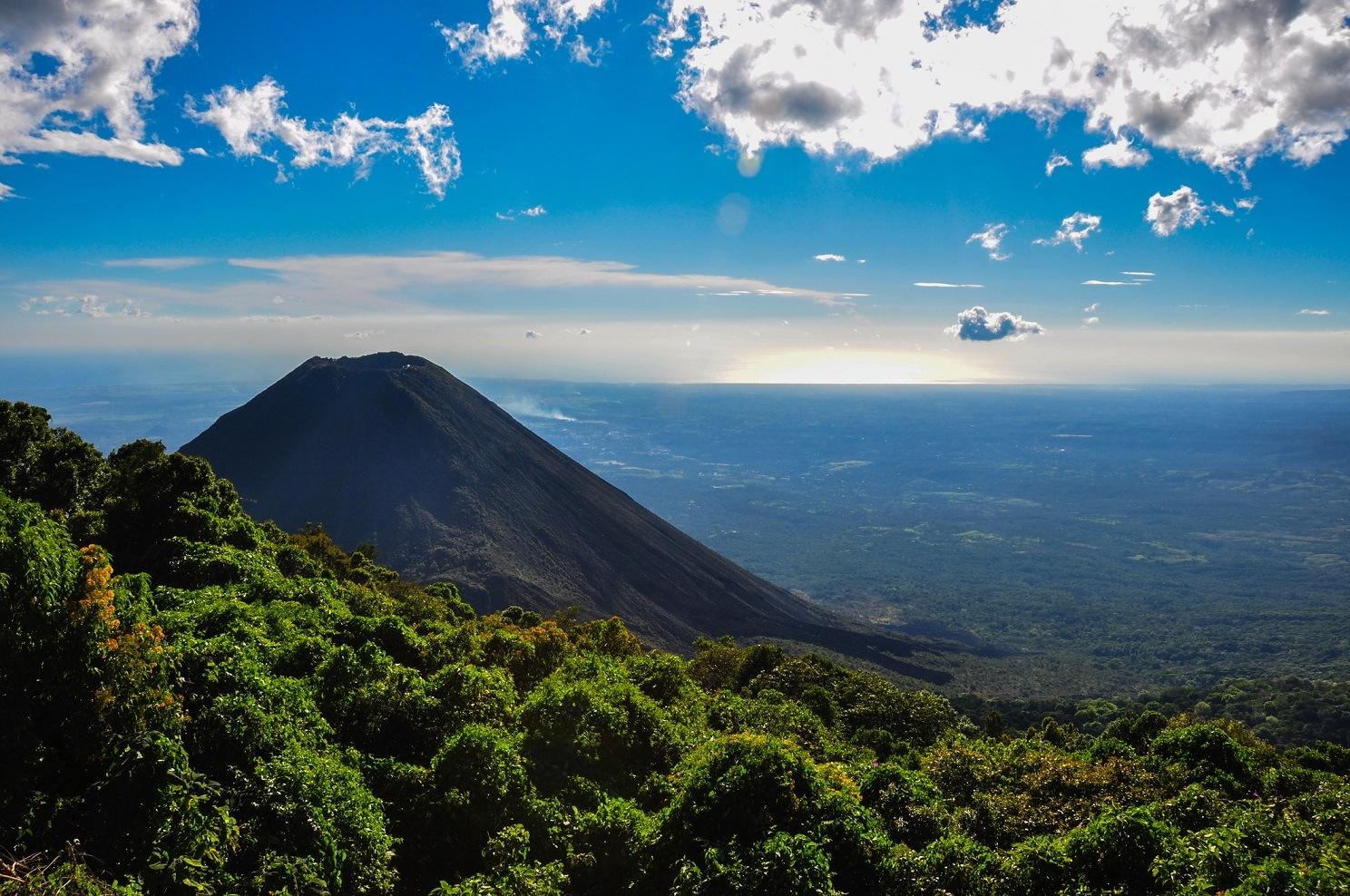 El Salvador Volvano