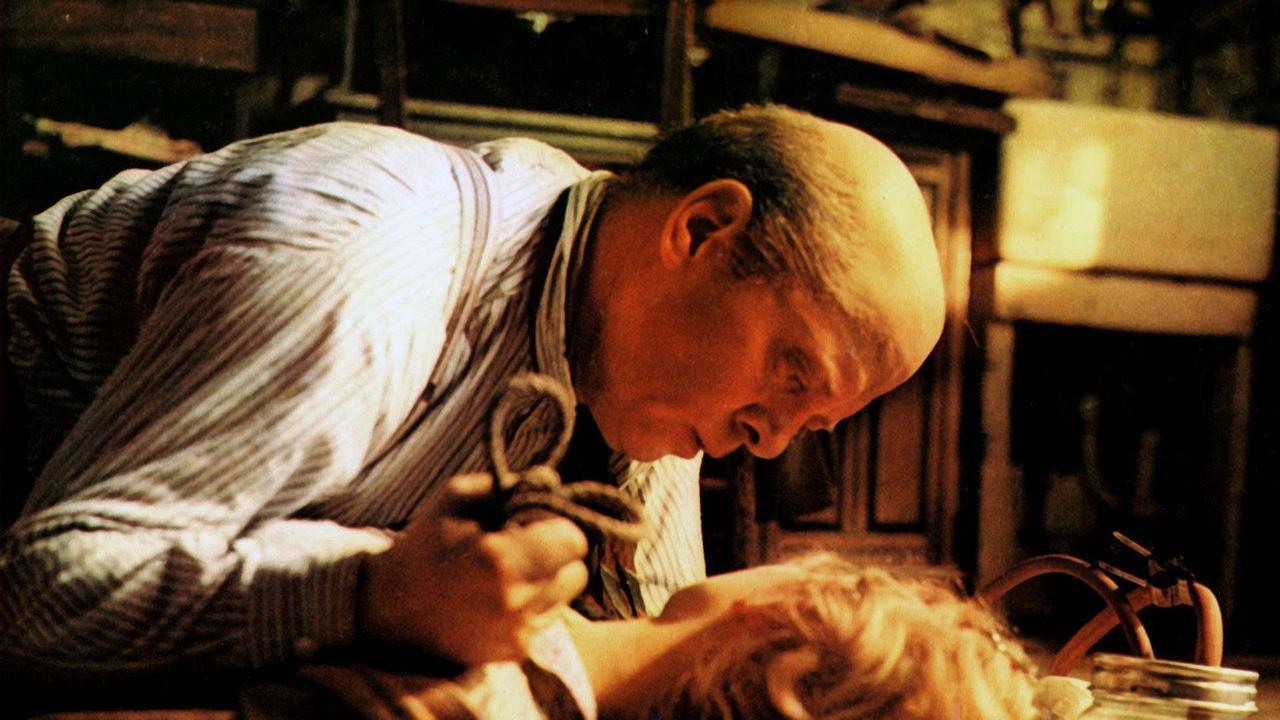 Richard Attenborough as John Reginald Christie in 10 Rillington Place