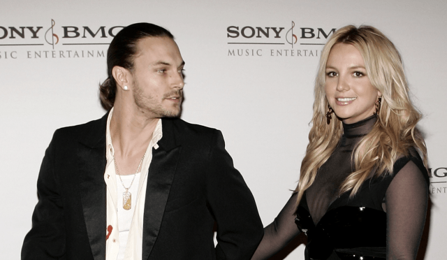 Britney Spears and Kevin Federline walking while holding hands.