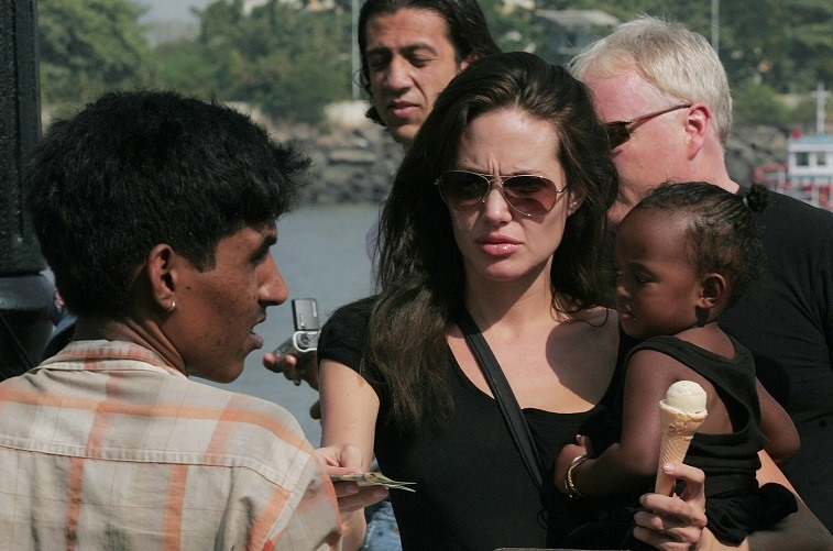 Angelina Jolie holds daughter Zahara