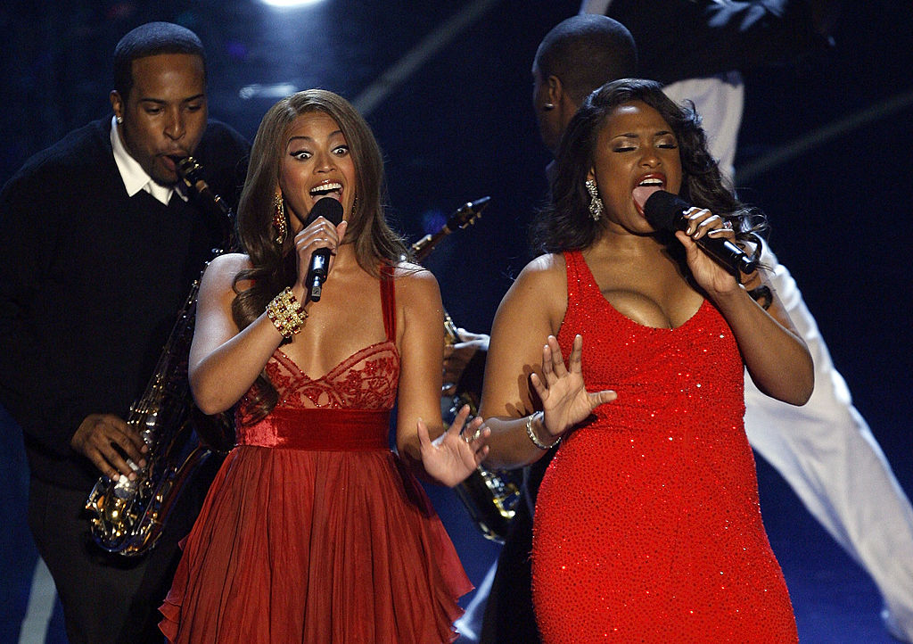 Beyoncé Knowles and Jennifer Hudson perform Best Original Song nominee 'Love You I Do' from Dreamgirls
