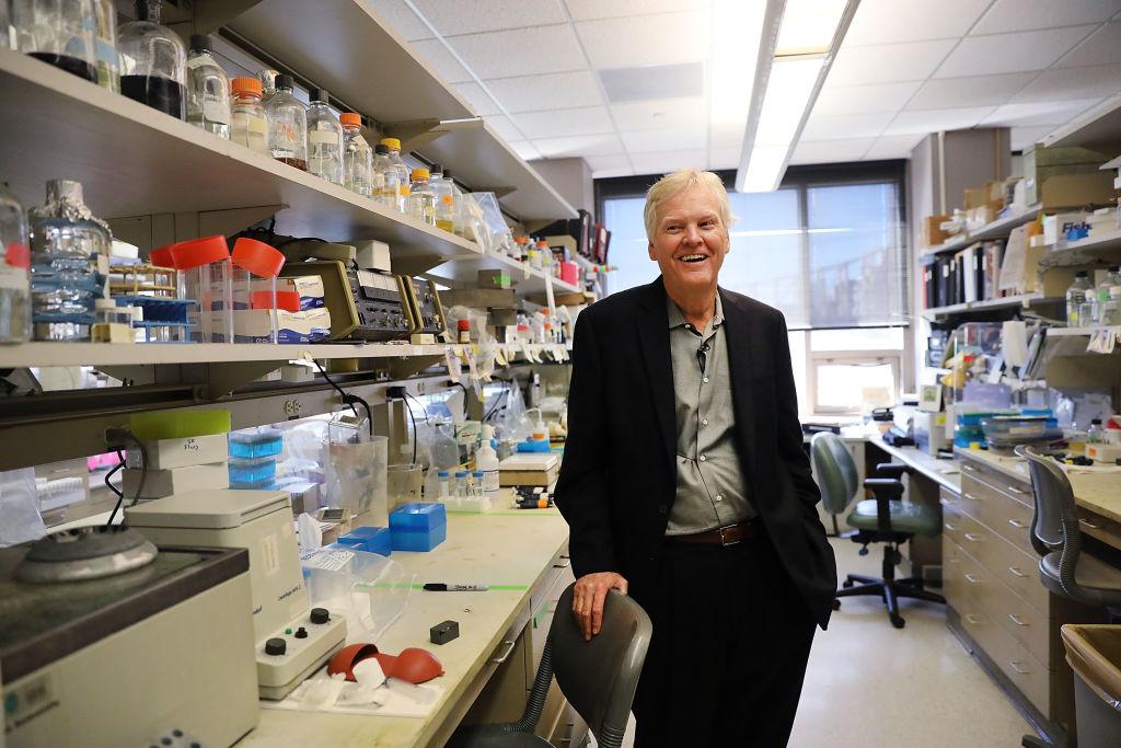 nobel prize winner in medicine in lab