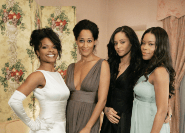 The cast of 'Girlfriends' together in a dressing room.
