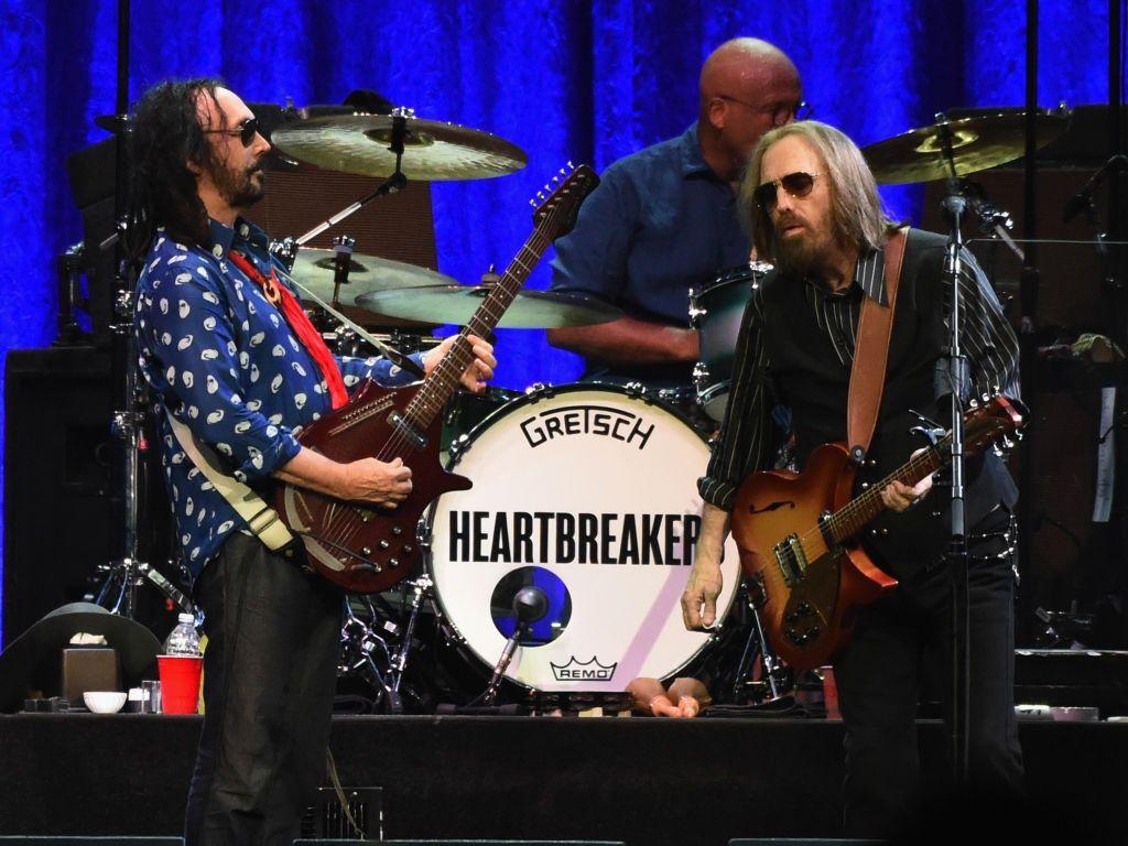 Tom Petty performs