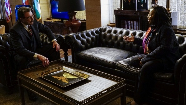 Tom Selleck as Frank Reagan and Whoopi Goldberg as Regina Thomas on Blue Bloods