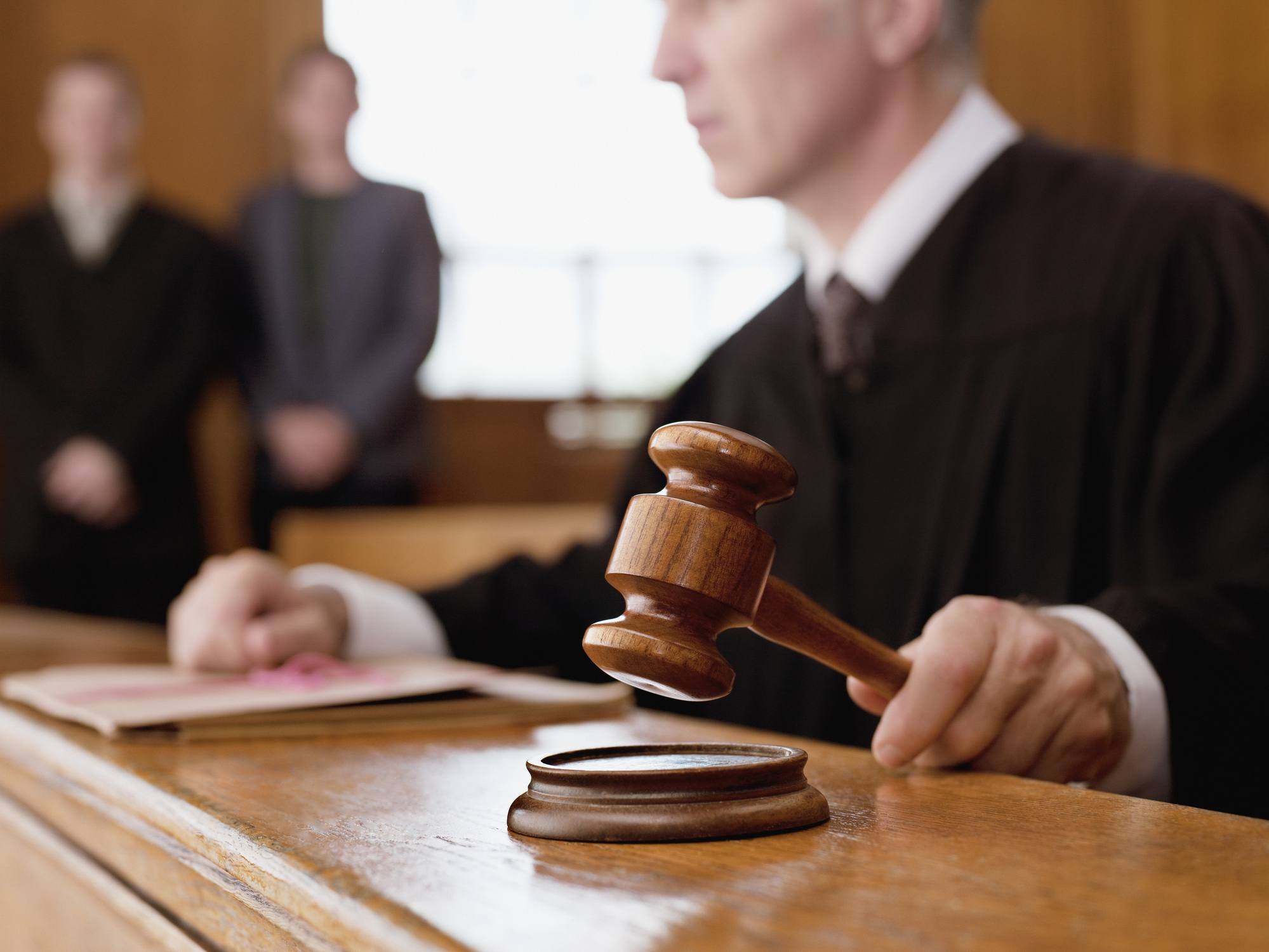 court judge gavel