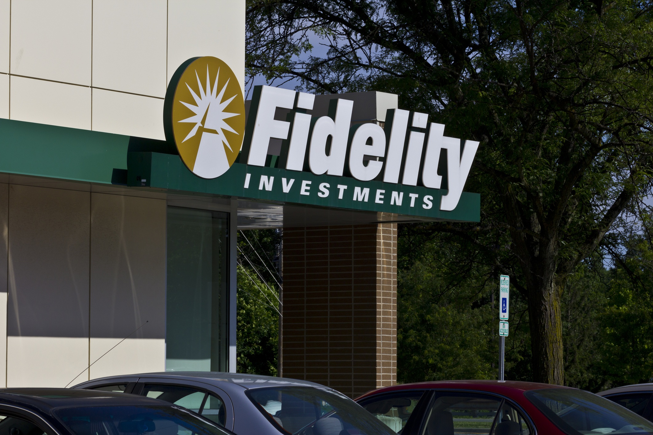 Fidelitys Investments
