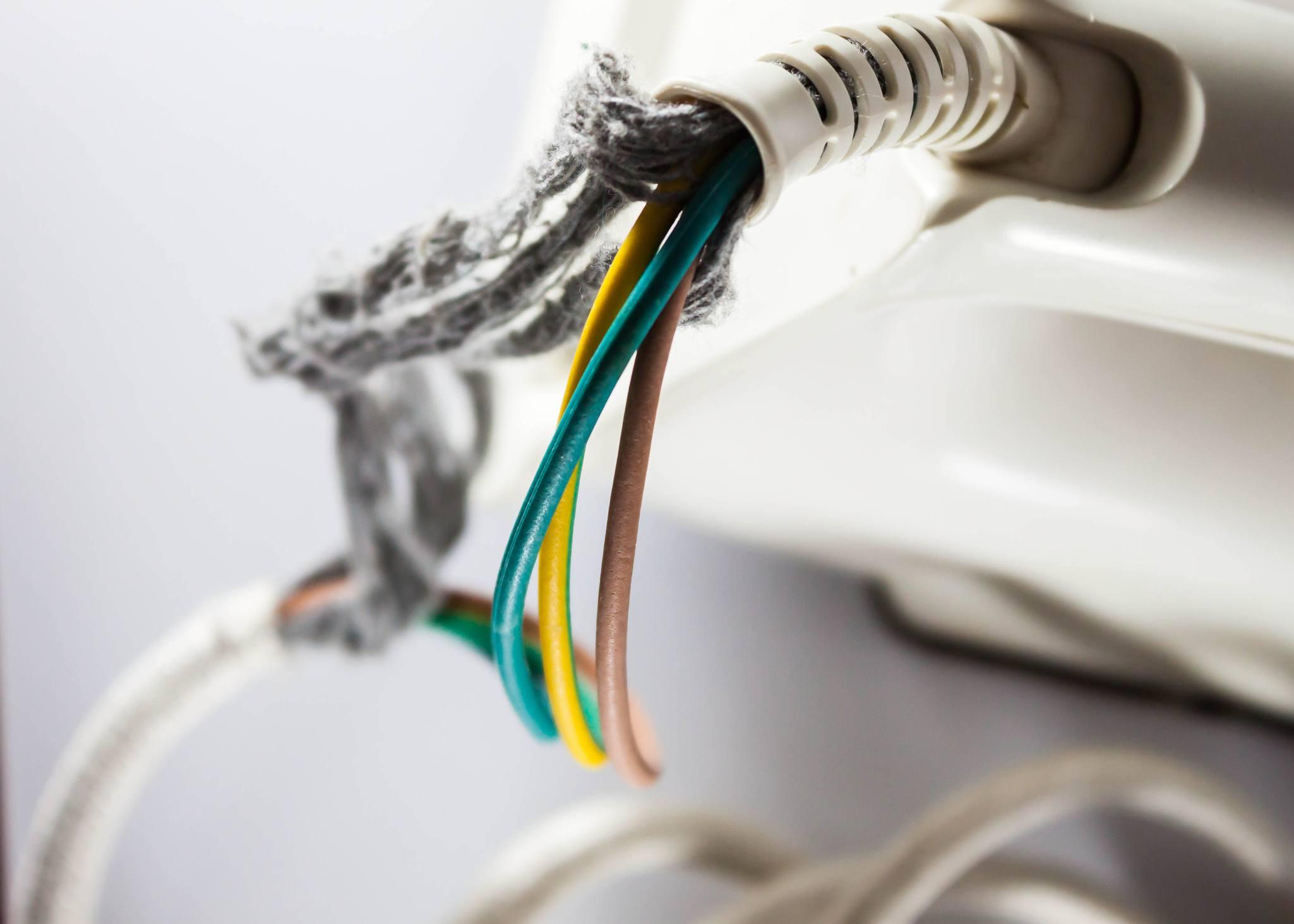 Fraying damaged wires