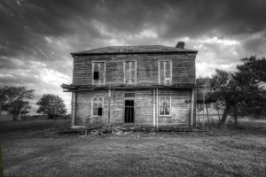 7 Things You Must Know Before Selling a Haunted House