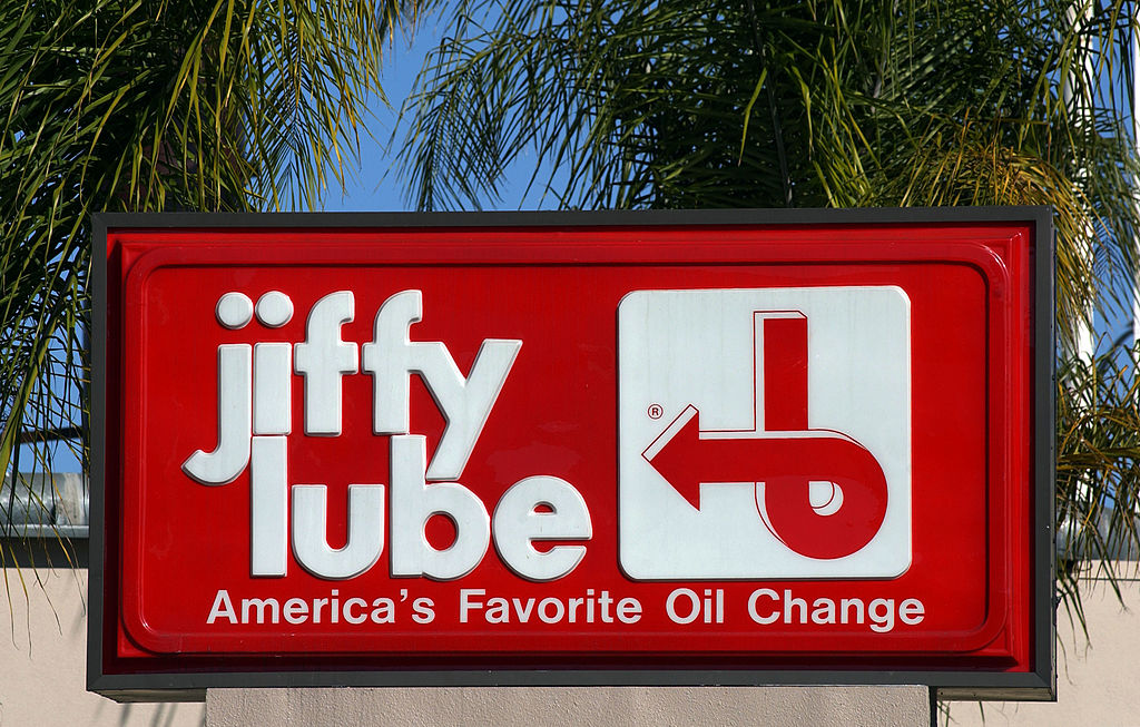 All the Ways Jiffy Lube Ripped Off People Over the Years