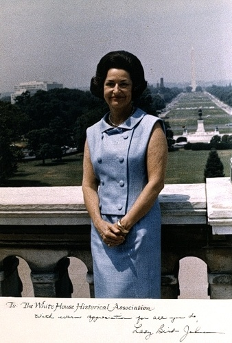 lady bird johnson official photo