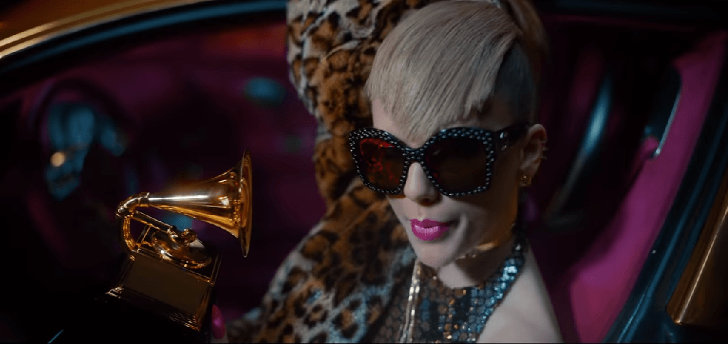 "Taylor Swift dressed to resemble Katy Perry in the ""Look What You Made Me Do"" video"