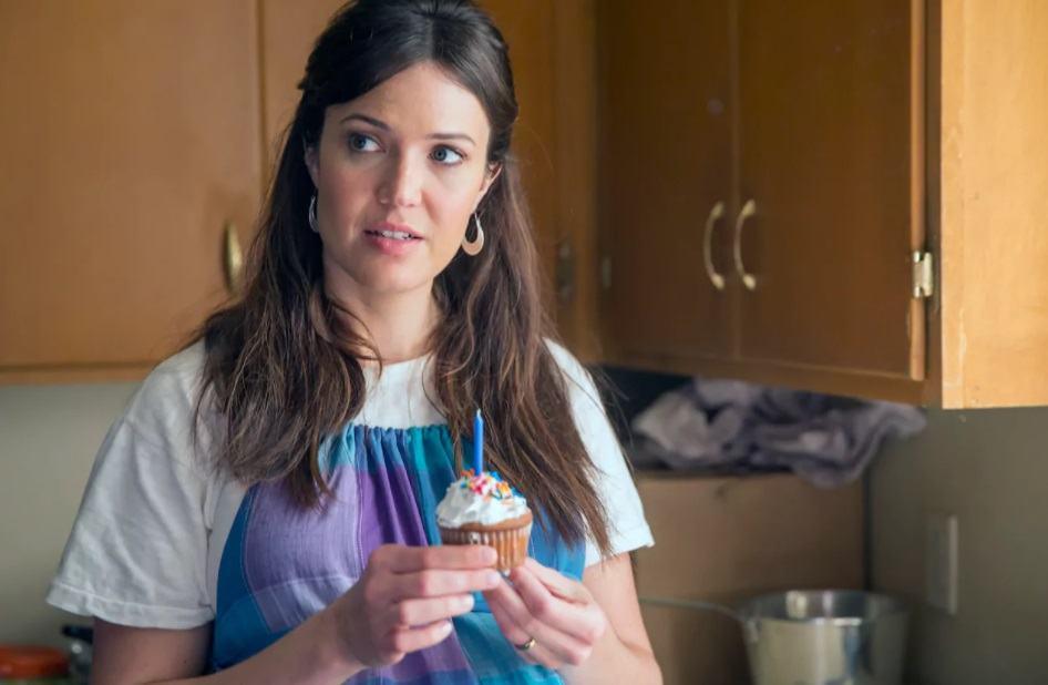 Rebecca pearson with muffin