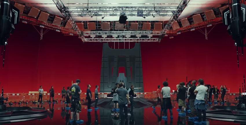 Supreme Leader Snoke's throne room