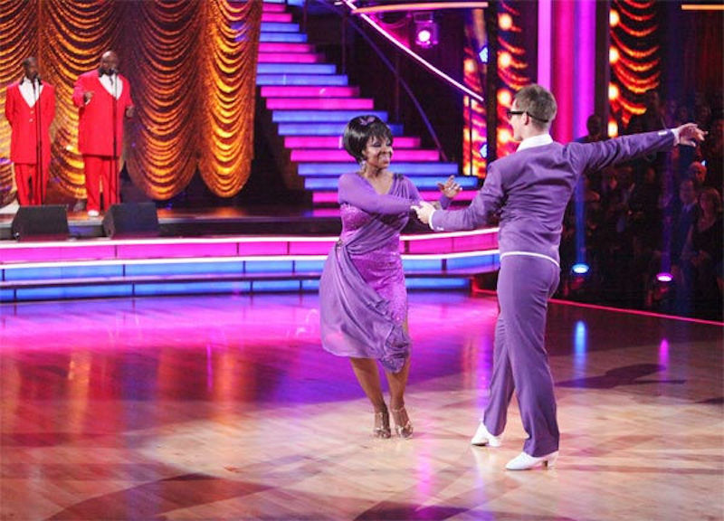Gladys Knight dances on Dancing With the Stars