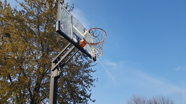 Spalding in-ground basketball system