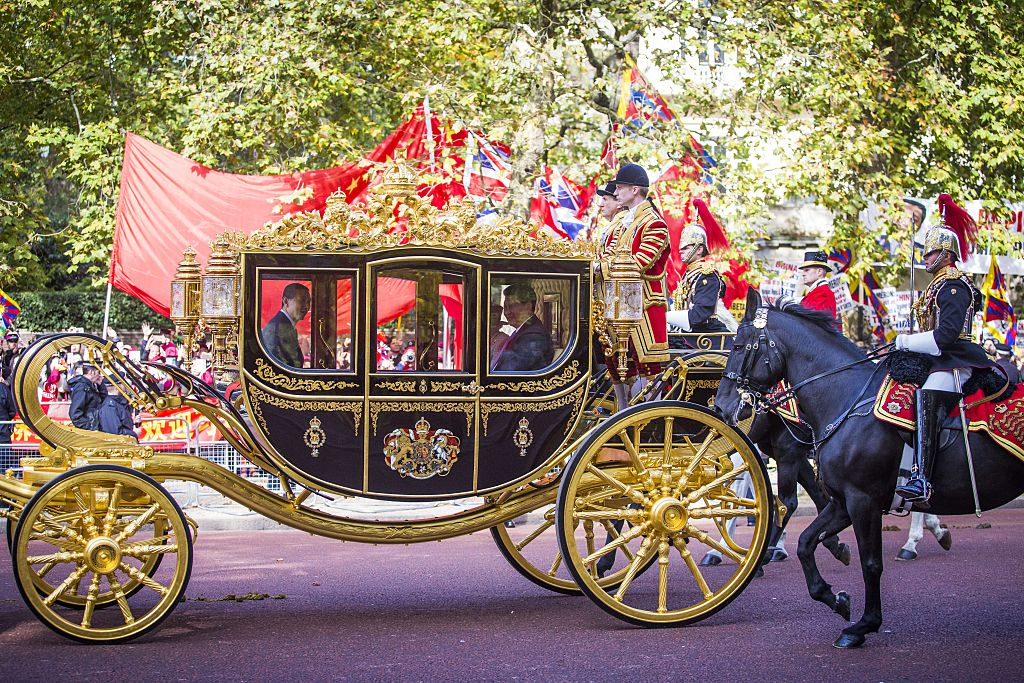 a british royal family carriage