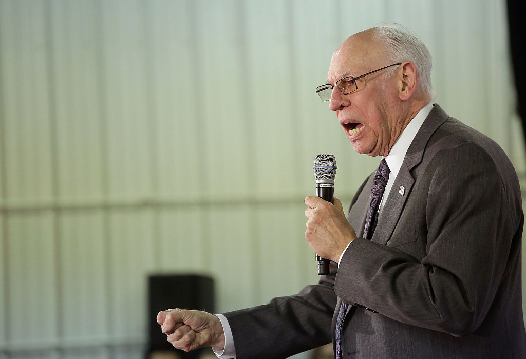 rafael cruz speaking at a podium