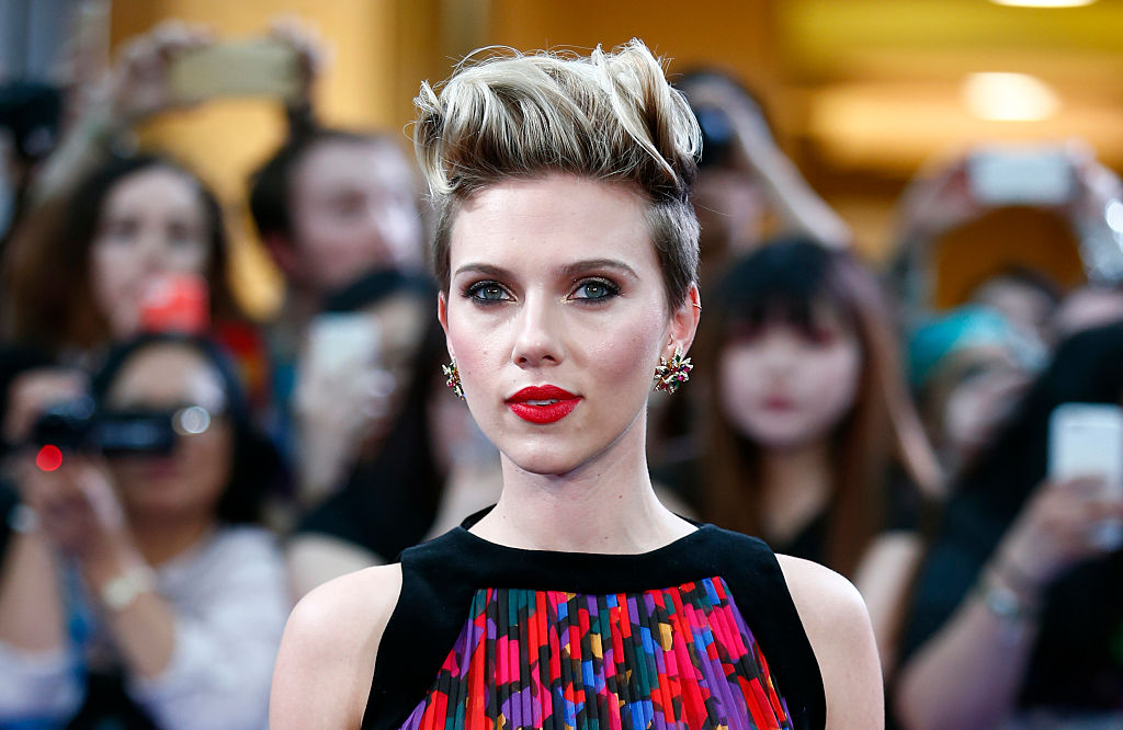 scarlet johansson on the red carpet