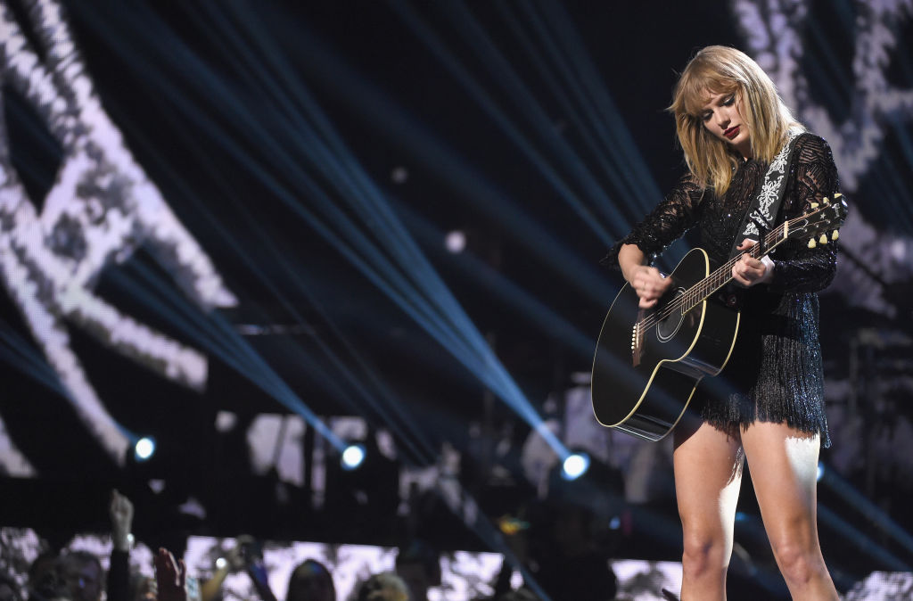 taylor swift onstage at a directtv event