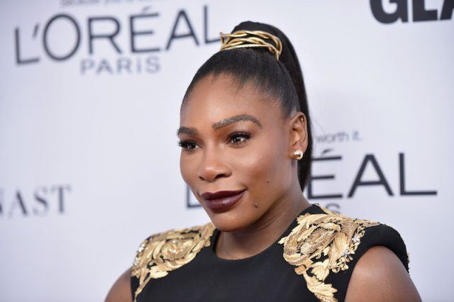 Serena Williams attends Glamour's 2017 Women of The Year Awards.