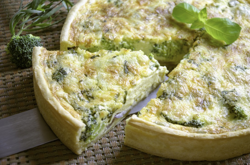 Vegetarian quiche with broccoli and cheddar