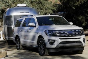 All-New 2018 Ford Expedition Catches the Large SUV Segment Napping