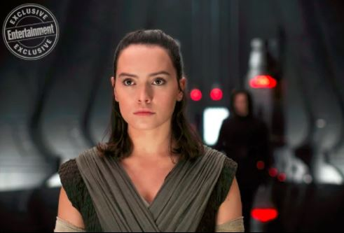 Rey in Snoke's Throne Room
