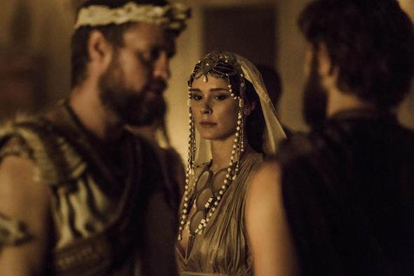 Bella Dayne as Helen in 'Troy: Fall of a City'.
