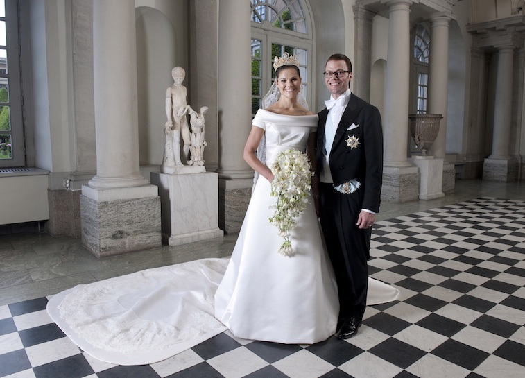 Crown Princess Victoria of Sweden and Prince Daniel, Duke of Vastergotland pose after their wedding in Storkyrkan Church on June 19, 2010 in Stockholm, Sweden.